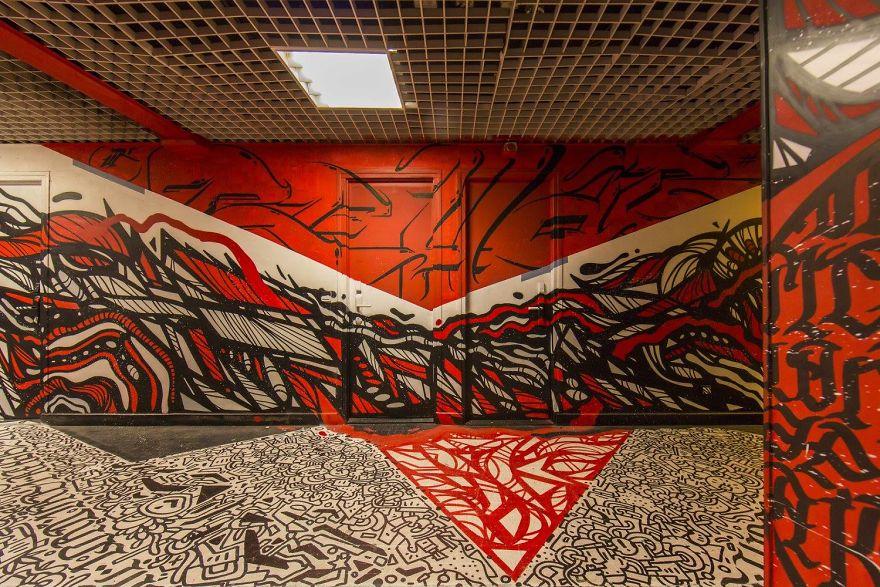 100-graffiti-artists-university-painting-rehab2-paris-5-596dae7e0cd9d__880.jpg